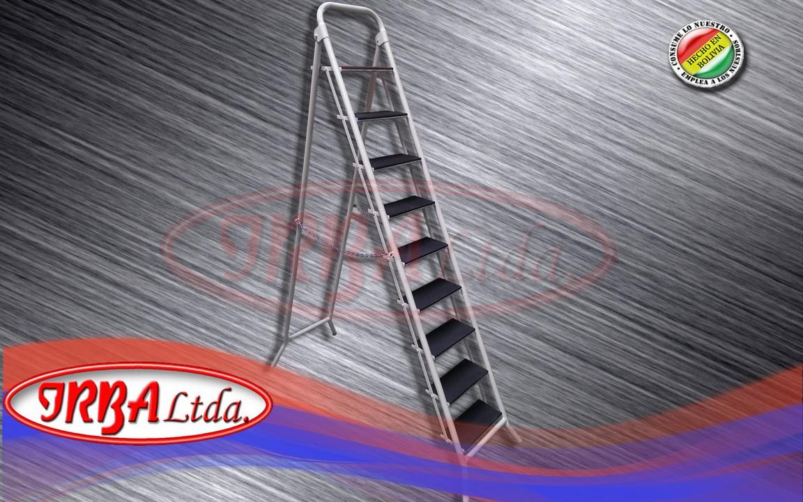 Escalera Plegable de 9 Peldaños
